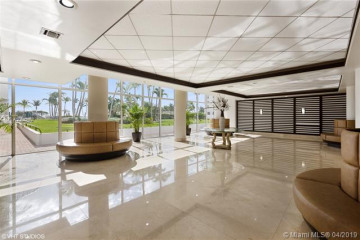 Home for Sale at 5005 Collins Ave #1023, Miami Beach FL 33140