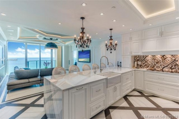 Home for Rent at 1455 Ocean Dr #1607, Miami Beach FL 33139