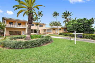Home for Sale at 4400 Pine Tree Dr, Miami Beach FL 33140