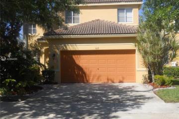 Home for Rent at 609 Live Oak Lane, Weston FL 33327