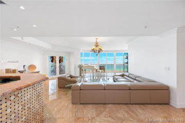 Home for Sale at 18201 Collins Ave #2009, Sunny Isles Beach FL 33160
