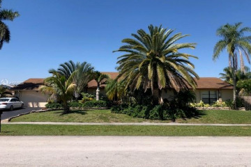 Home for Rent at 9601 NW 31st Pl, Sunrise FL 33351