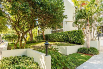 Home for Rent at 253 E Enid Dr #57, Key Biscayne FL 33149