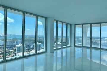 Home for Sale at 16901 Collins Ave #4601, Miami Beach FL 33160