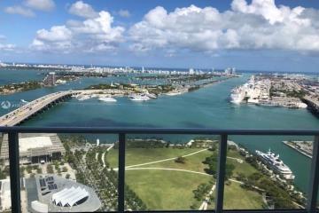 Home for Sale at 1040 Biscayne Blvd #4202, Miami FL 33132