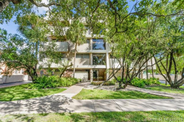 Home for Sale at 525 Coral Way #404, Coral Gables FL 33134