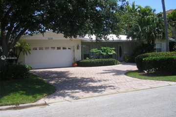 Home for Rent at 5220 NE 32nd Ave, Fort Lauderdale FL 33308