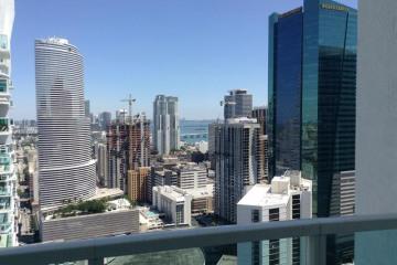 Home for Sale at 41 SE 5 St #2209, Miami FL 33131