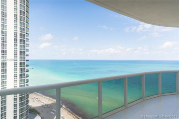 Home for Sale at 15811 Collins Ave #1902, Sunny Isles Beach FL 33160