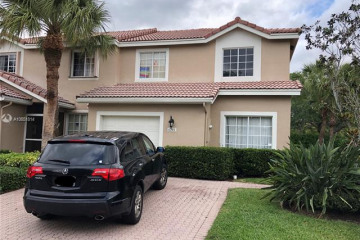 Home for Sale at 6201 NW 74th Ct, Parkland FL 33067
