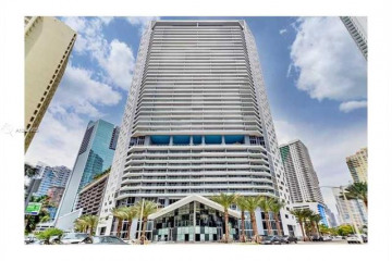 Home for Sale at 1300 Brickell Bay Dr #1001, Miami FL 33131