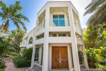 Home for Sale at 688 Ocean Blvd, Golden Beach FL 33160