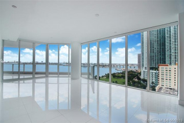 Home for Rent at 2020 N Bayshore Dr #1702, Miami FL 33137