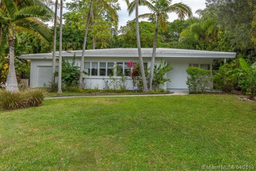 Home for Rent at 3711 Battersea Rd, Coconut Grove FL 33133
