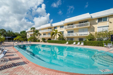 Home for Sale at 100 Edgewater Dr #138, Coral Gables FL 33133