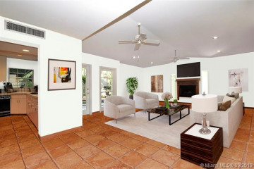 Home for Sale at 4313 Ingraham Hwy, Coconut Grove FL 33133