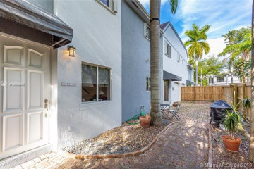 Home for Rent at 3121 Jackson Ave, Coconut Grove FL 33133