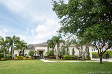 Home for Sale at 11591 NW 6th Pl, Plantation FL 33325