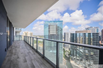 Home for Rent at 1300 Brickell Bay Dr #3408, Miami FL 33131