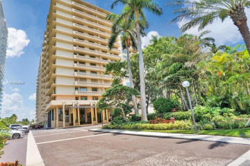 Home for Sale at 10185 Collins Ave #PH09, Bal Harbour FL 33154