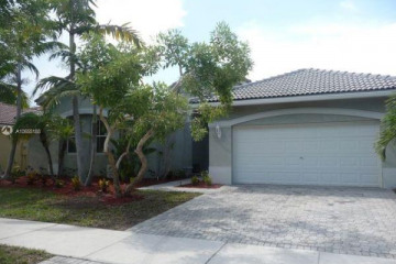 Home for Rent at 1441 Cardinal Way, Weston FL 33327