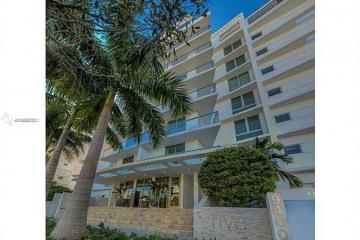 Home for Sale at 9400 W Bay Harbor Dr #401, Bay Harbor Islands FL 33154