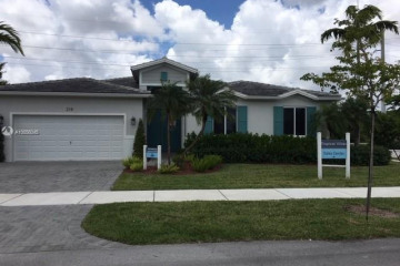 Home for Sale at 218 NE 18th Ter, Homestead FL 33033