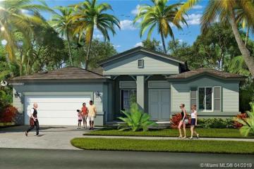 Home for Sale at 1905 NE 1 Street, Homestead FL 33033