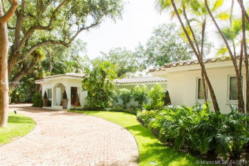 Home for Rent at 6925 Tordera St, Coral Gables FL 33146