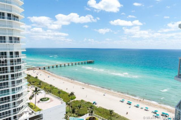 Home for Sale at 16425 Collins Ave #1515, Sunny Isles Beach FL 33160