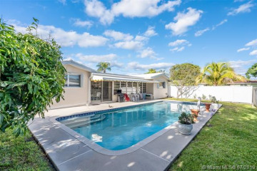 Home for Sale at 682 W Camino Real, Boca Raton FL 33486