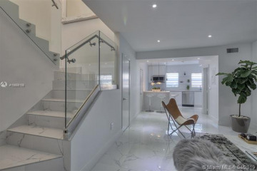 Home for Rent at 1614 Jefferson Ave #7, Miami Beach FL 33139