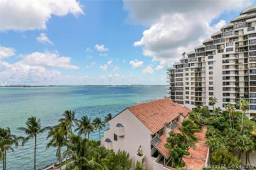 Home for Sale at 540 Brickell Key Dr #923, Miami FL 33131