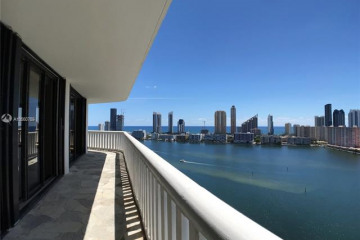 Home for Sale at 3000 Island Blvd #2406, Aventura FL 33160