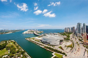 Home for Sale at 900 Biscayne Blvd #3406, Miami FL 33132