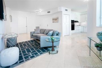 Home for Sale at 300 S Pointe Dr #909, Miami Beach FL 33139