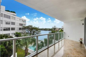Home for Sale at 9821 E Bay Harbor Dr #402, Miami FL 33154