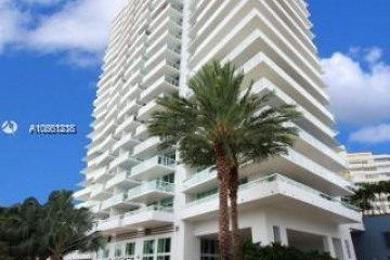 Home for Rent at 10 Venetian Way #1403, Miami Beach FL 33139