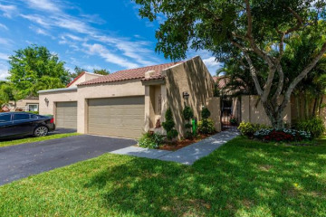 Home for Sale at 330 Patio Village Ter, Weston FL 33326