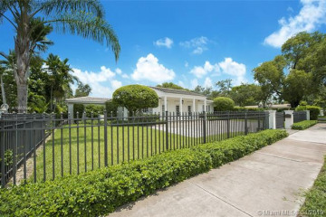 Home for Rent at 3911 Riviera Dr, Coral Gables FL 33134