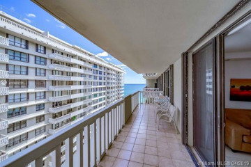 Home for Sale at 9801 Collins Ave #17T, Bal Harbour FL 33154