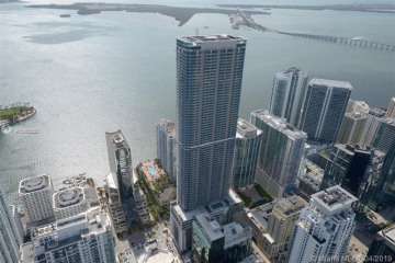 Home for Rent at 1100 Brickell Bay Dr #85-N, Miami FL 33131