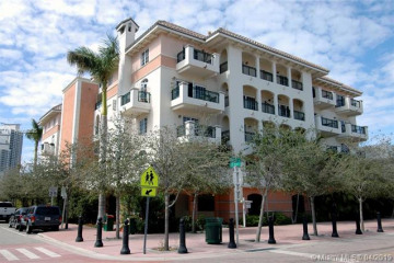 Home for Rent at 300 Euclid Av #208, Miami Beach FL 33139