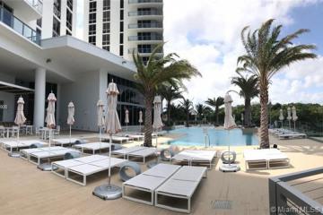 Home for Sale at 16385 Biscayne Blvd #3005, North Miami Beach FL 33160