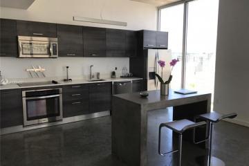 Home for Sale at 151 SE 1st St #1802, Miami FL 33131