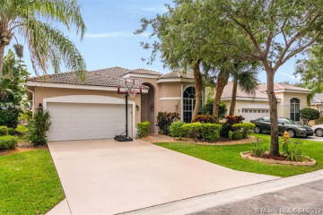 Home for Sale at 7808 NW 71st Way, Parkland FL 33067