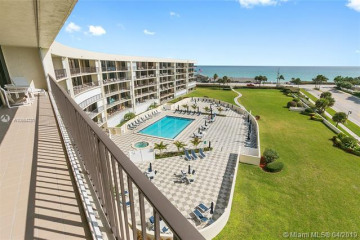 Home for Rent at 1300 S Highway A1A #416, Jupiter FL 33477