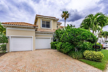Home for Sale at 781 Seaview Dr, Juno Beach FL 33408
