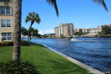 Home for Sale at 3150 NE 48th Ct #214, Lighthouse Point FL 33064