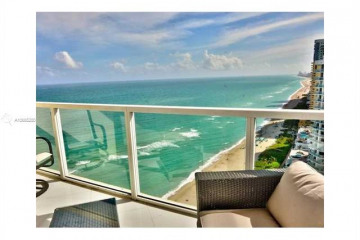 Home for Sale at 16699 Collins Ave #2901, Sunny Isles Beach FL 33160
